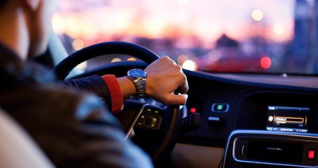 Kinh nghiệm vàng cho người mới lái xe ô tô